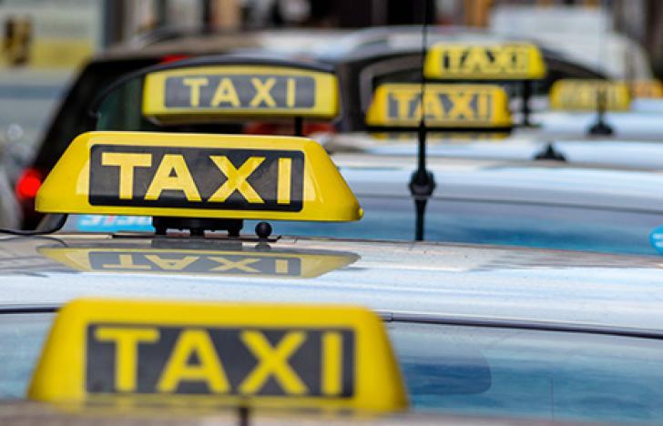 Europas größte Taxi-App taxi.eu setzt auf bargeldlose Komplettlösung von Wirecard CEE.