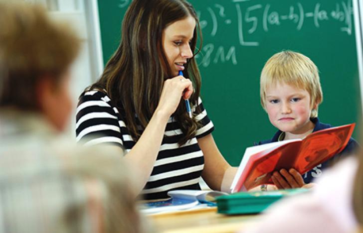 Die Austria-Presse-Agentur als Bildungsinstitution